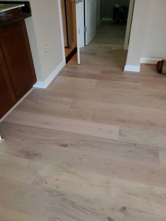 "7.5"" White Mist Engineered Oak 2"