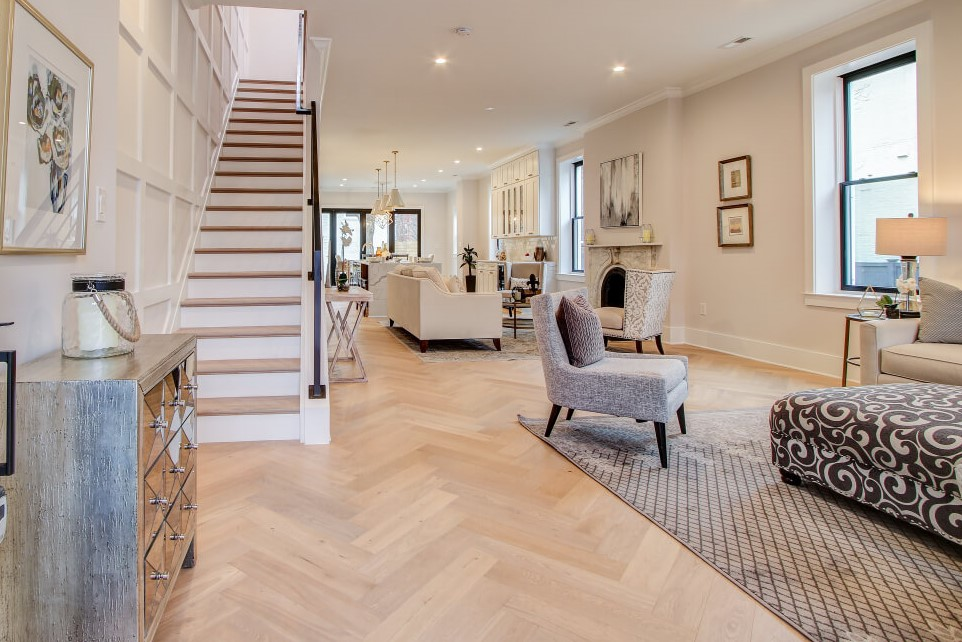 7.5 Santee Oak & St Paul's Herringbone Eng (1)